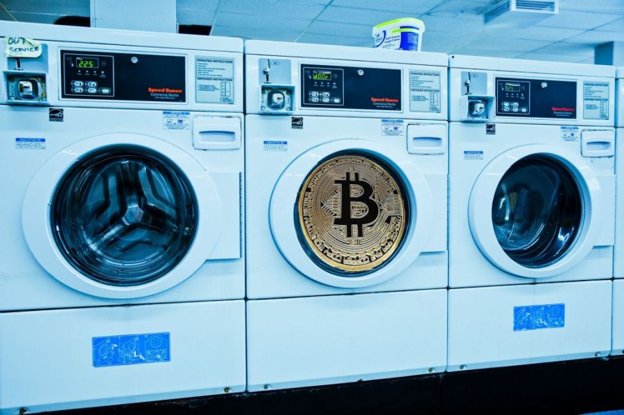 Crypto_and_fiat_involved_in_money_laundering.jpg